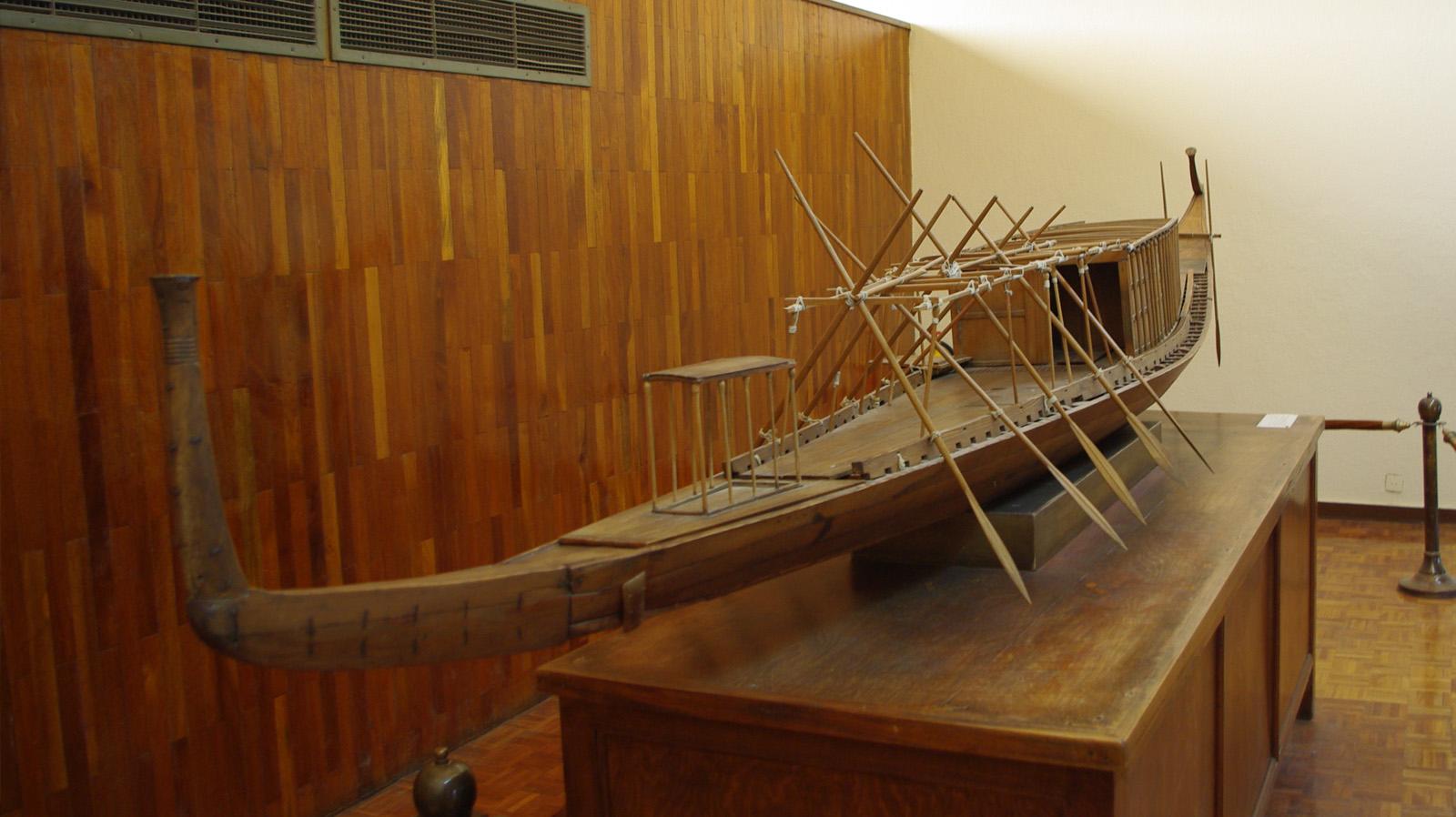 Faaraon aurinkolaivan kopio